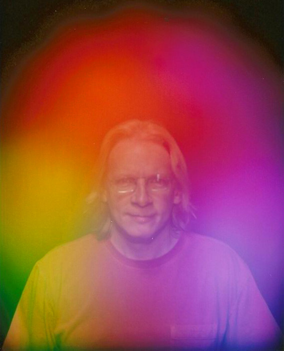 Aura Photography showing Allen after short Violet Ray Crystal Resonator Chakra Balancing